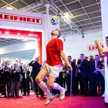 Freestyle-Artists_Football-Freestyle-Duo_Leifheit_02