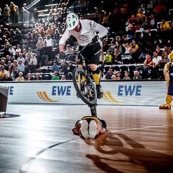 02_Halbzeit-Show_EWE-Baskets