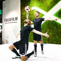 Freestyle Künstler auf der Photokina Messe für Fuji!