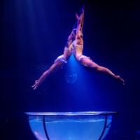 Waterbowl Akrobatik Duo Show